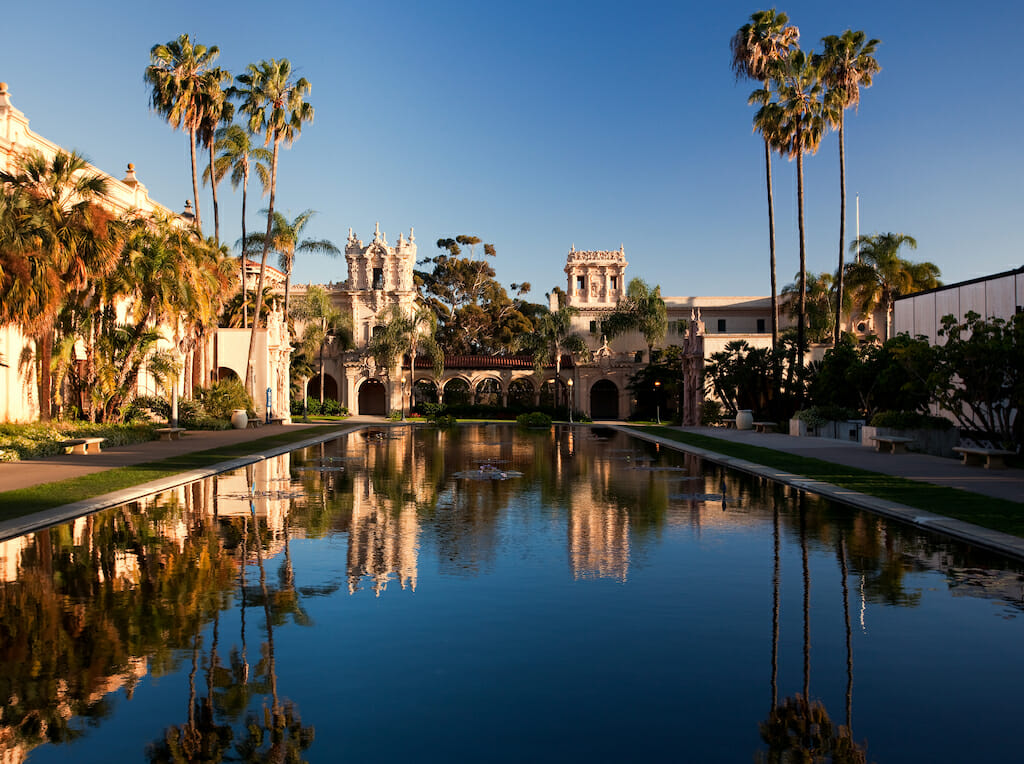 Reflection of the Casa de Balboa and House of Hospitality in Balboa Park in San Diego reflected in Lily Pond