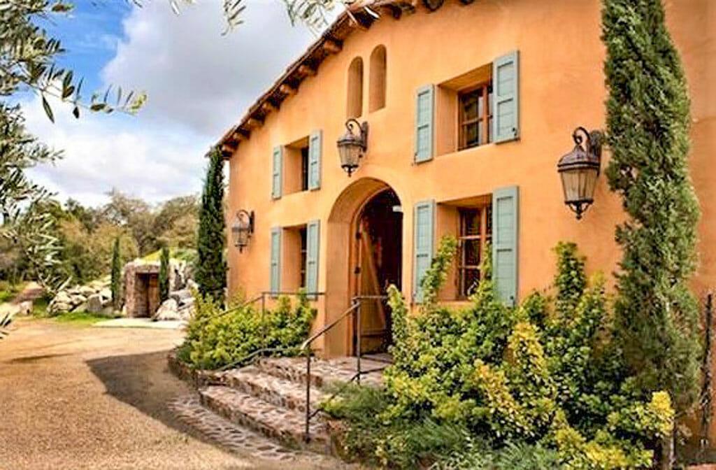 Farmhouse Tuscany style at Milagro Farm Vineyards and Winery in Ramona