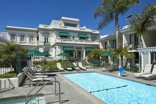 Pool at Glorietta Bay Inn Coronado