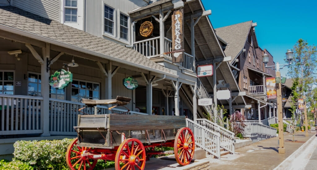 Wooden houses with shops and restaurants in Temecula Old Town