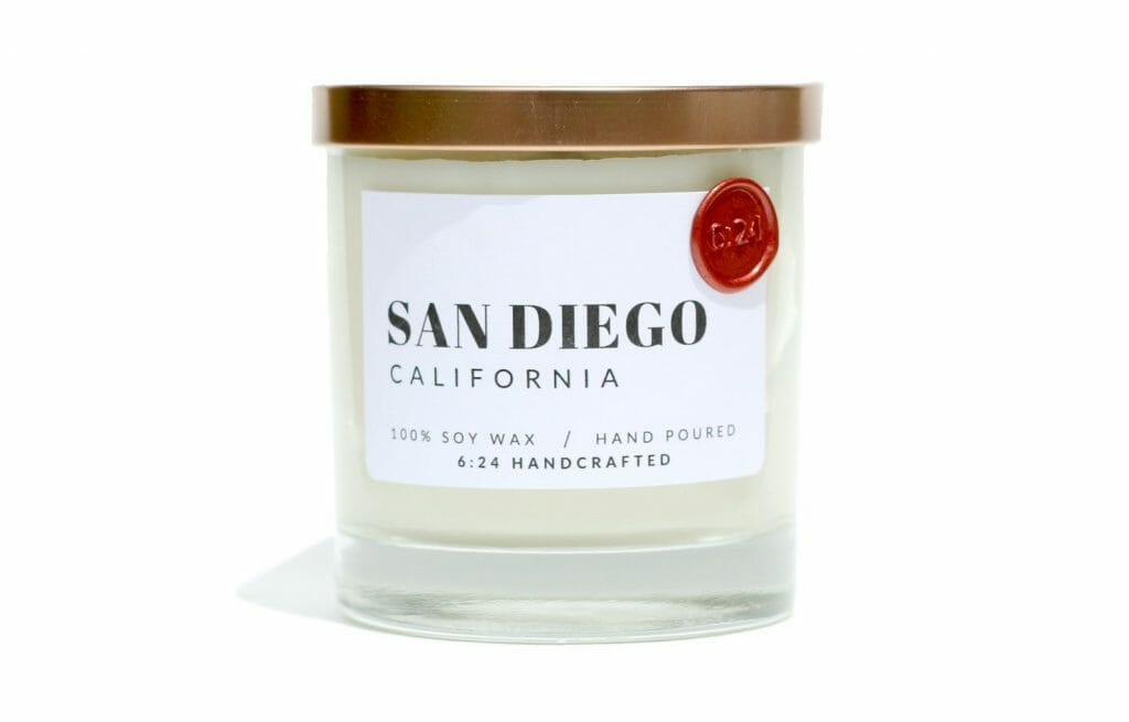 Glass candle with sticker: San Diego California